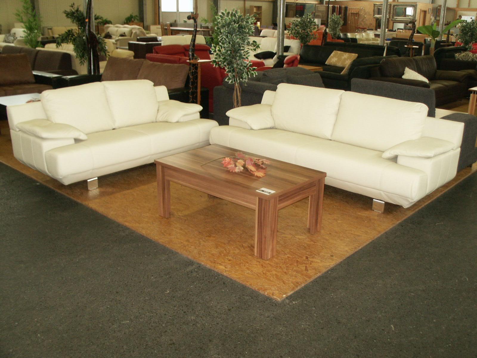 polstergruppe 3 2 leder beige nur fr 1990. Black Bedroom Furniture Sets. Home Design Ideas