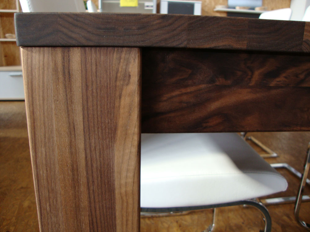 Nussbaum Tisch Massiv Olen ~ Innenräume und Möbel Ideen